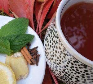herbata zimowa z imbirem i cytryną
